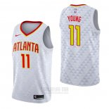 Camiseta Atlanta Hawks Trae Young #11 Association Blanco