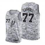 Camiseta San Antonio Spurs Demarre Carroll #77 Earned Camuflaje