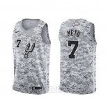 Camiseta San Antonio Spurs Chimezie Metu #7 Earned Camuflaje