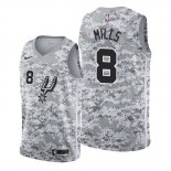 Camiseta San Antonio Spurs Patty Mills #8 Earned Camuflaje