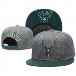 Gorra Milwaukee Bucks Gris